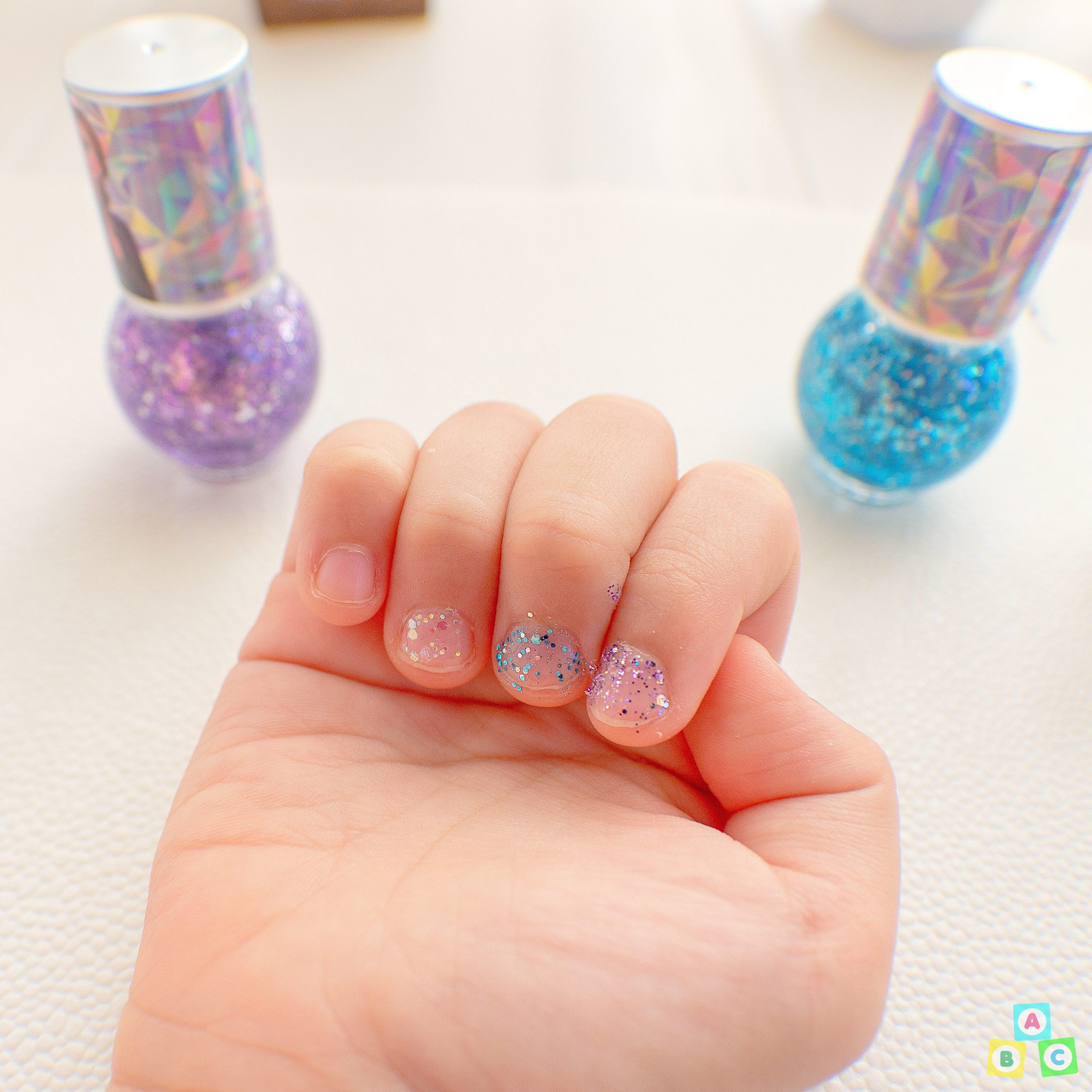 Shushu Sassy Nail Painting Bling Under Sun